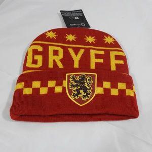 NWT Harry Potter Gryffindor Knit Hat